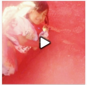 """Last Splash: Red! And TheRunningKindergartener decided to Roll It! Woohoo!!"""